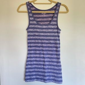 3/$30 old navy purple ribbed striped tank top m